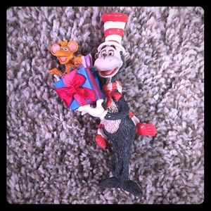Dr. Seuss The Cat in the Hat Christmas Ornament 🎄